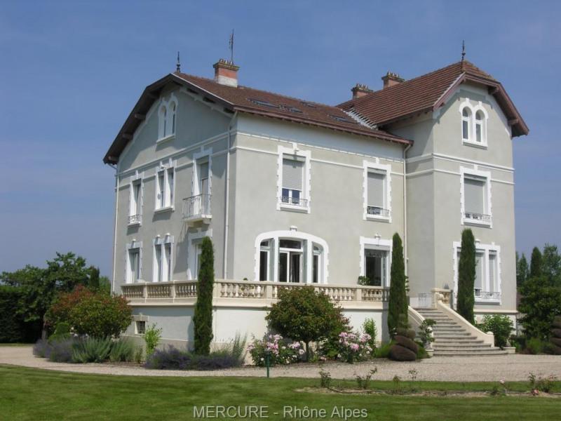 Propriété dombes 20 ha - demeure 600 m² - pres - bois - étang -