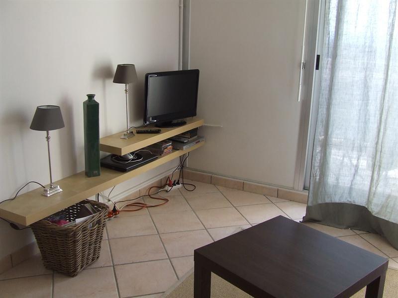 Location vacances appartement Bandol 320€ - Photo 2