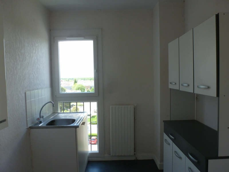 Location appartement Maurepas 633€ CC - Photo 3