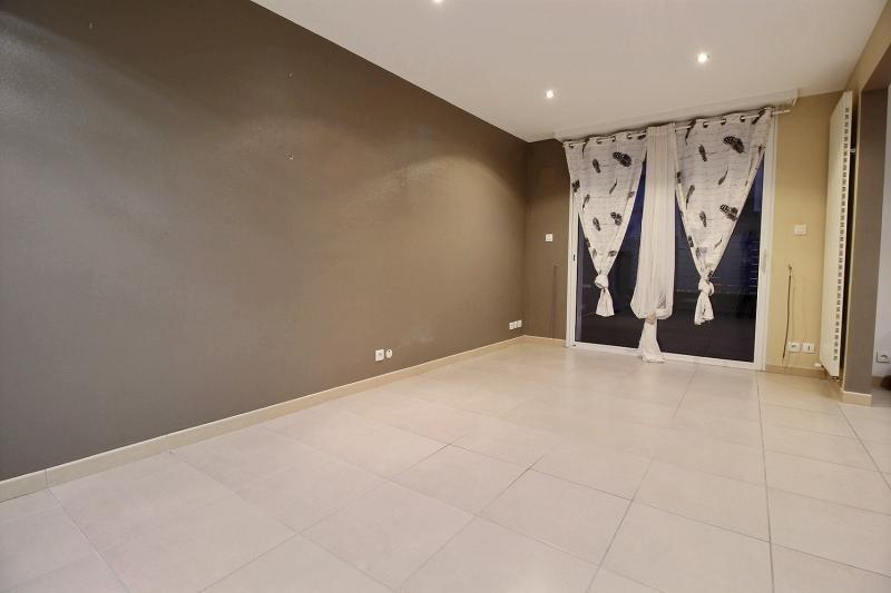 Sale house / villa Caudan 174350€ - Picture 2