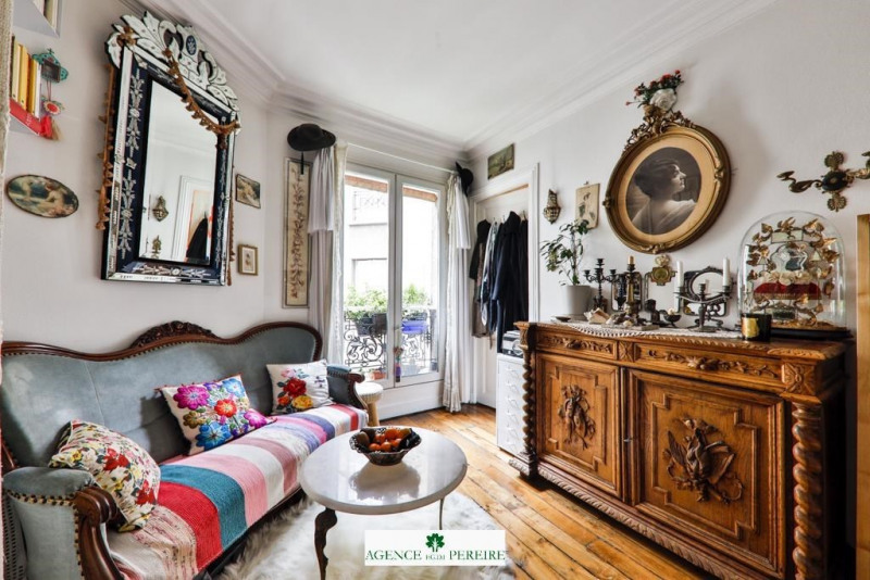 Sale apartment Paris 18ème 285 000€ - Picture 2