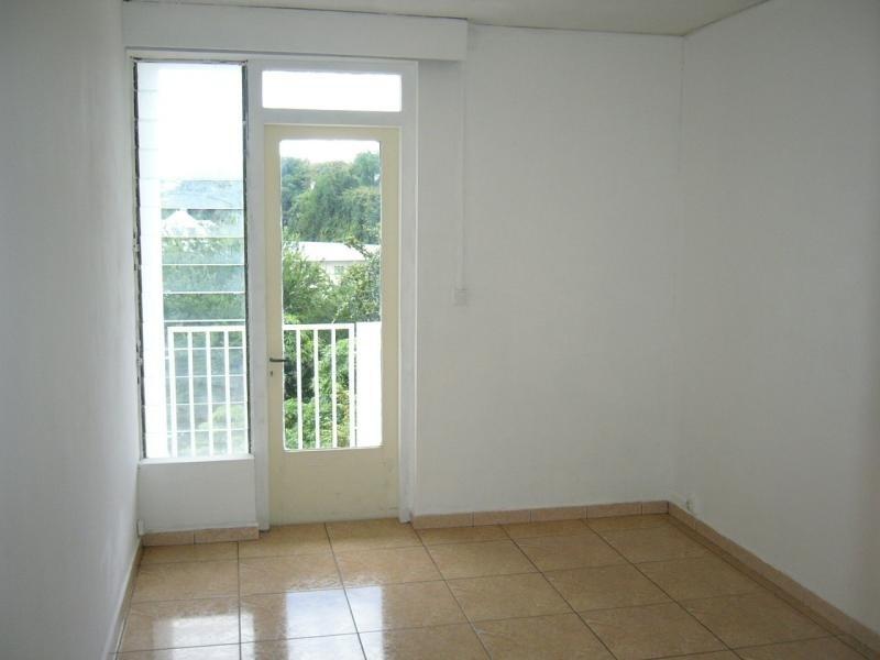Sale apartment St denis 81750€ - Picture 2
