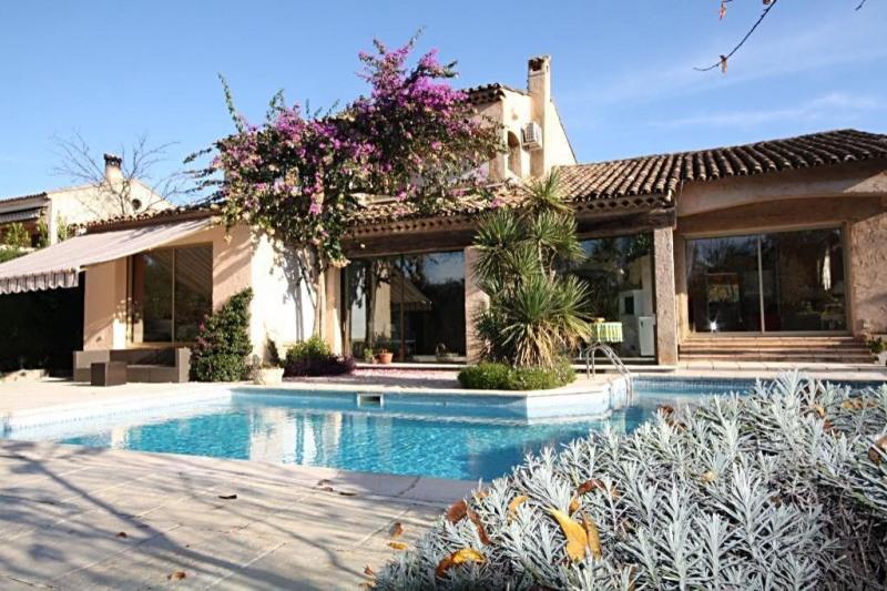 Deluxe sale house / villa Juan-les-pins 1750000€ - Picture 3