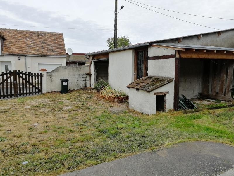 Sale house / villa St cyr du gault 99500€ - Picture 2