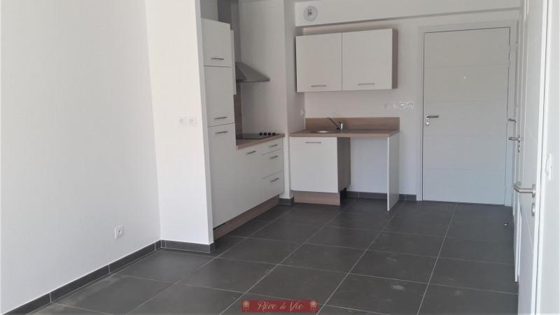 Sale apartment Bormes les mimosas 220000€ - Picture 5