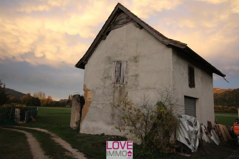 Vente maison / villa St genix sur guiers 38000€ - Photo 2