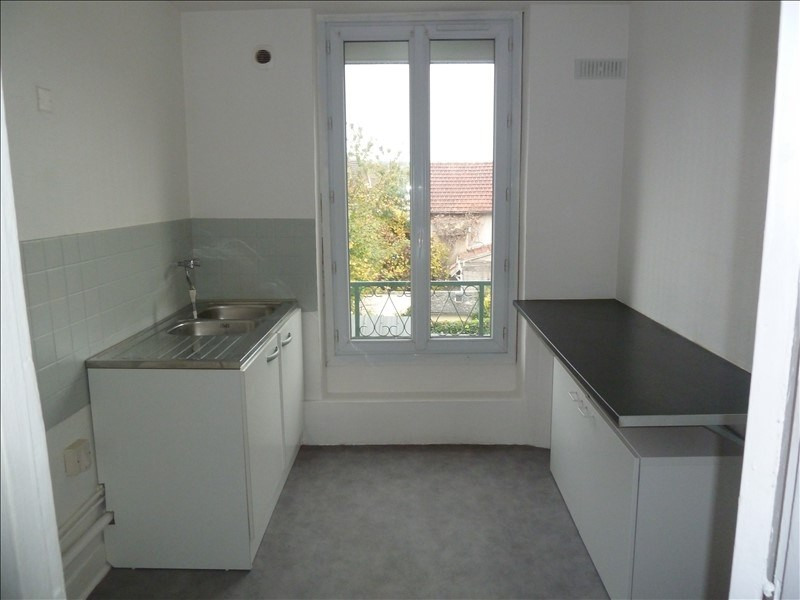 Location appartement Maurecourt 705€ CC - Photo 4