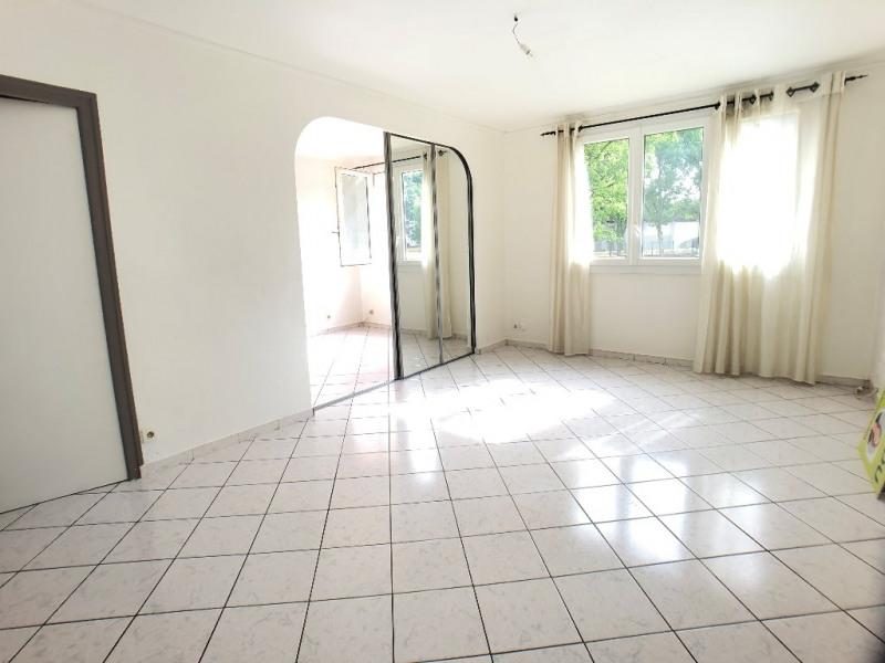 Sale apartment Viry chatillon 159 000€ - Picture 2