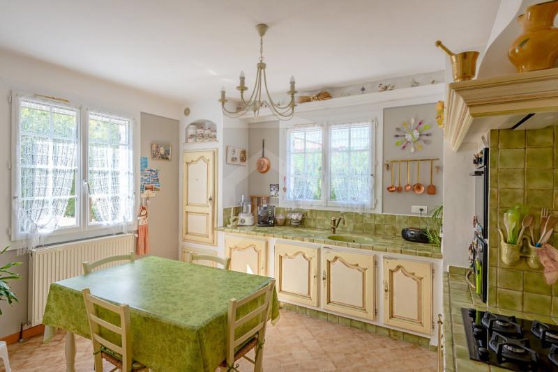Vente maison / villa Entraigues sur la sorgue 352000€ - Photo 6