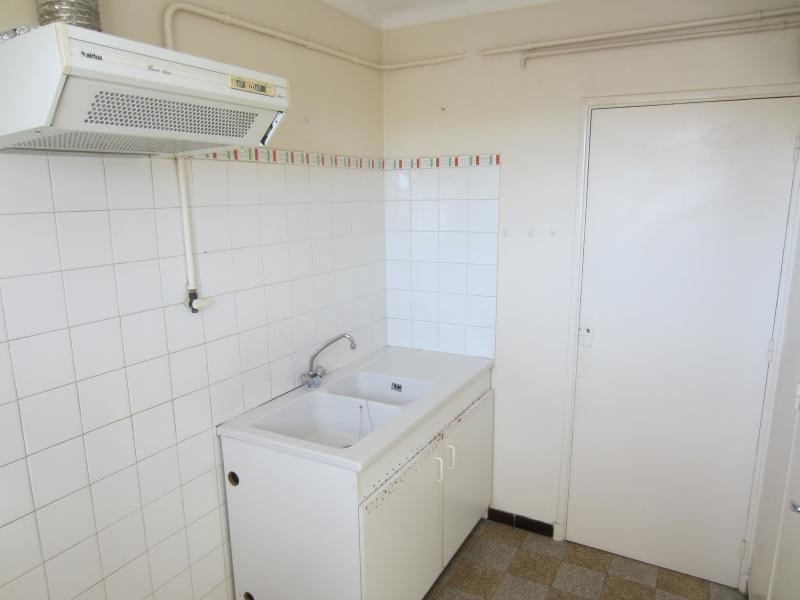 Location appartement La seyne sur mer 625€ CC - Photo 5