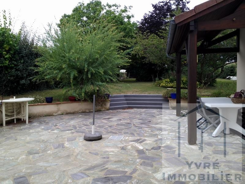 Sale house / villa Yvre l eveque 353 360€ - Picture 7