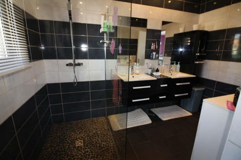 Deluxe sale house / villa Bouc bel air 945000€ - Picture 4