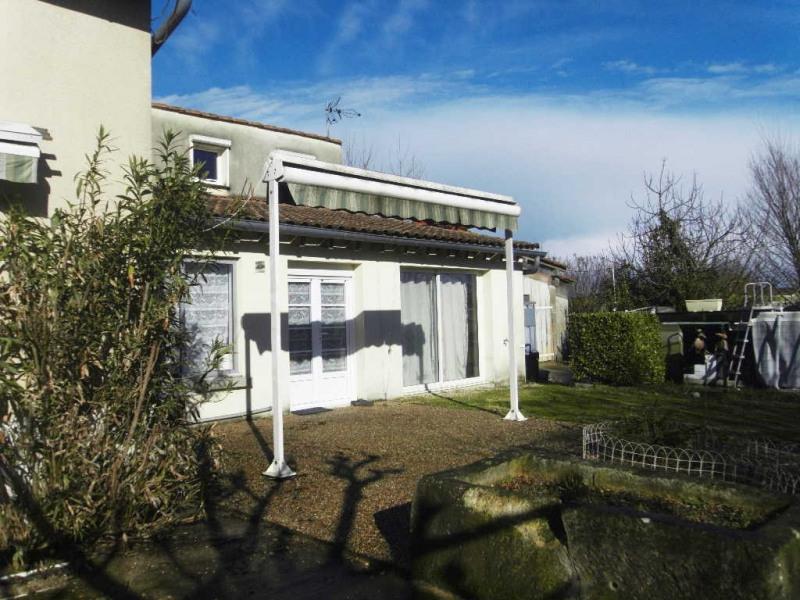 Sale house / villa Chateaubernard 360400€ - Picture 2