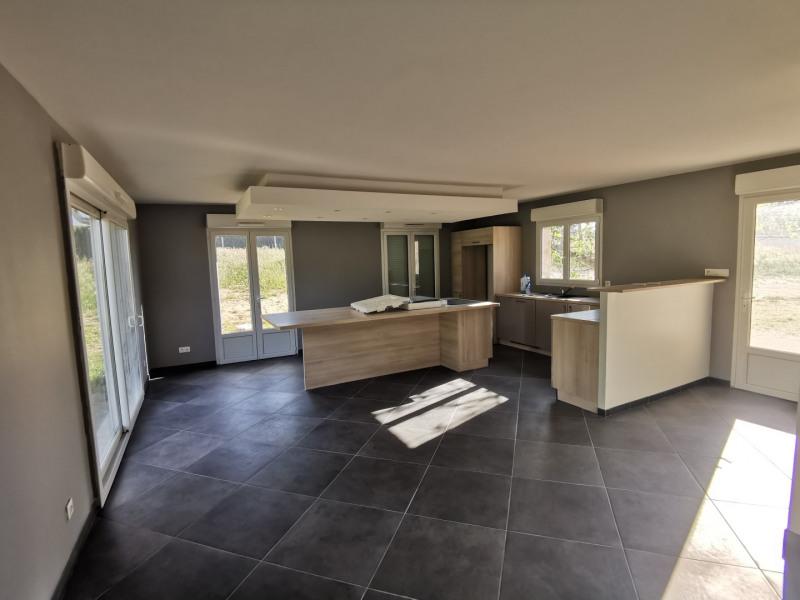 Sale house / villa Estrablin 270000€ - Picture 2