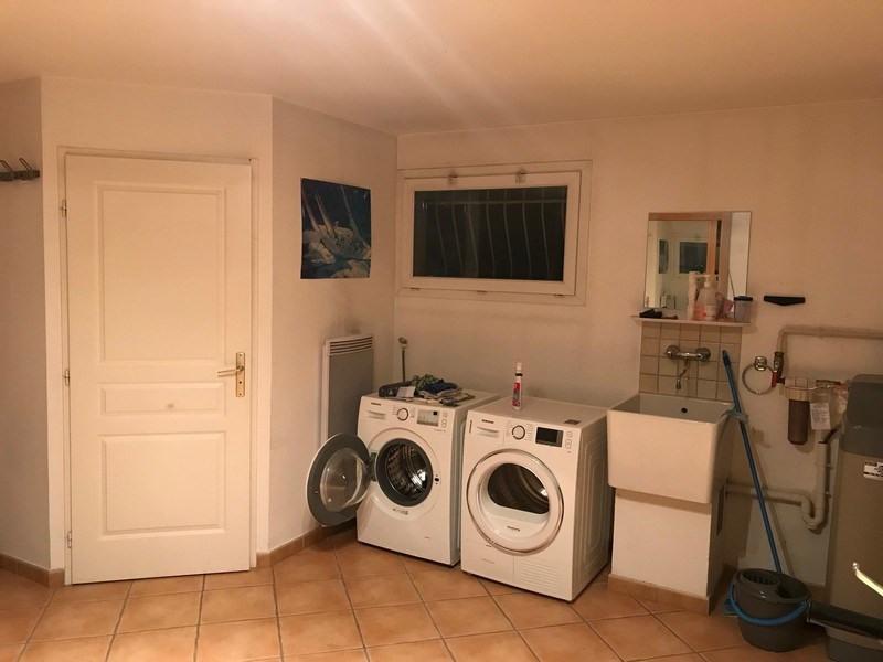 Location maison / villa Villefontaine 1635€ CC - Photo 13
