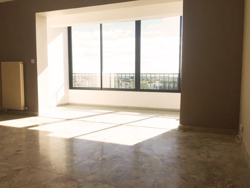 Sale apartment Nimes 111 300€ - Picture 2
