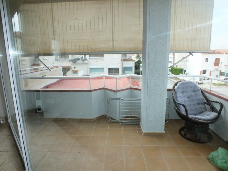 Vente appartement Empuriabrava 215000€ - Photo 1