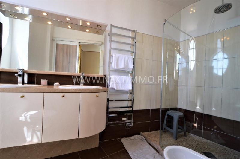 Deluxe sale apartment Menton 590 000€ - Picture 12