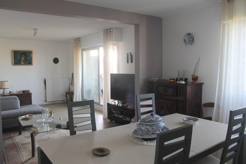 Sale apartment Pau 229000€ - Picture 2