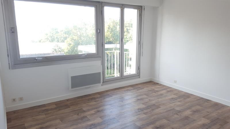 Location appartement Quimperle 355€ CC - Photo 1