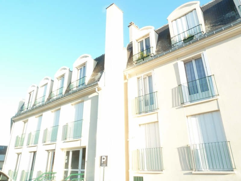 Rental apartment Andresy 609€ CC - Picture 1