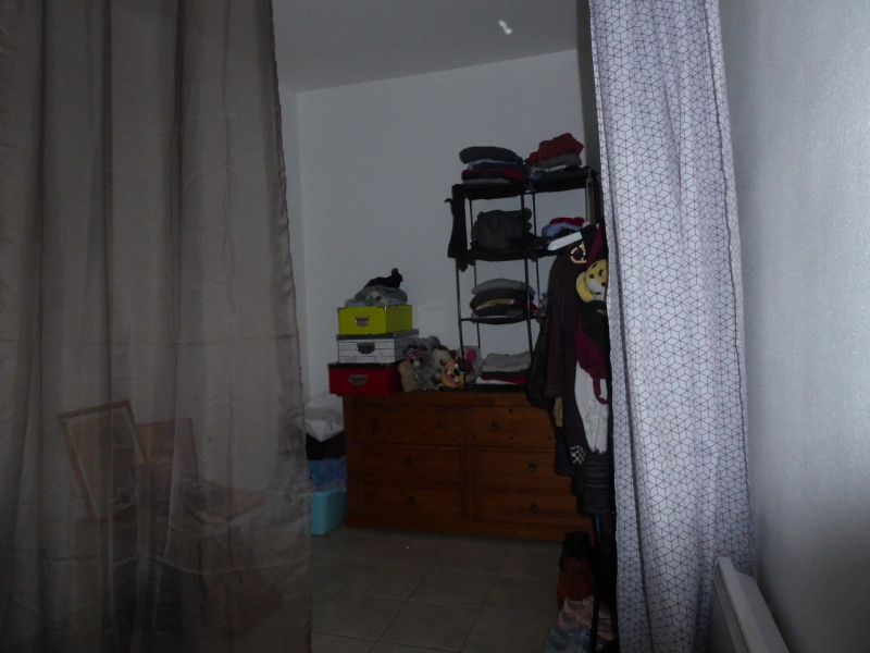 Location appartement Villeneuve-de-berg 420€ CC - Photo 3
