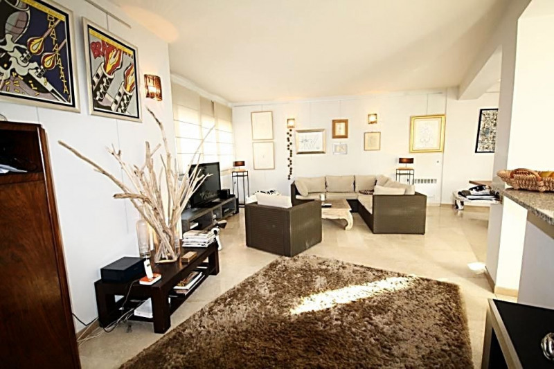 Sale apartment Juan-les-pins 550 000€ - Picture 3