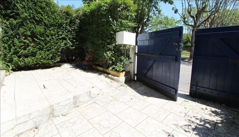Vente maison / villa Maurepas 249000€ - Photo 2