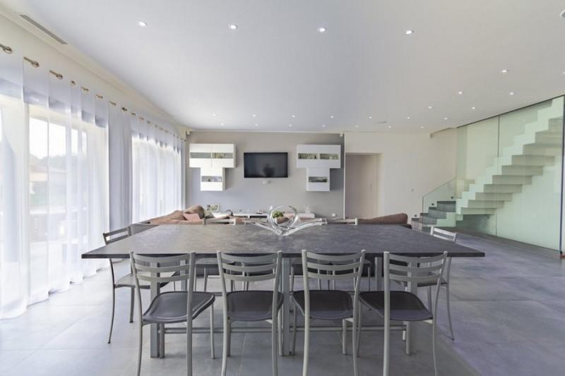 Verkauf von luxusobjekt haus St cannat 1378000€ - Fotografie 2
