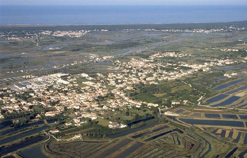 Terrain a bâtir le château d oleron - 4500 m²