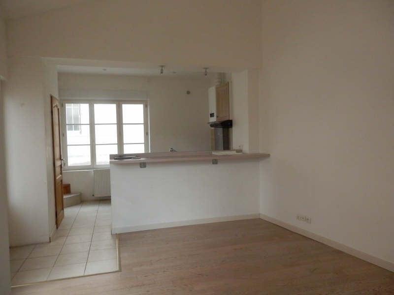 Rental house / villa Fontainebleau 808€ CC - Picture 2