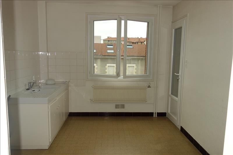 Location appartement Roanne 515€ CC - Photo 2