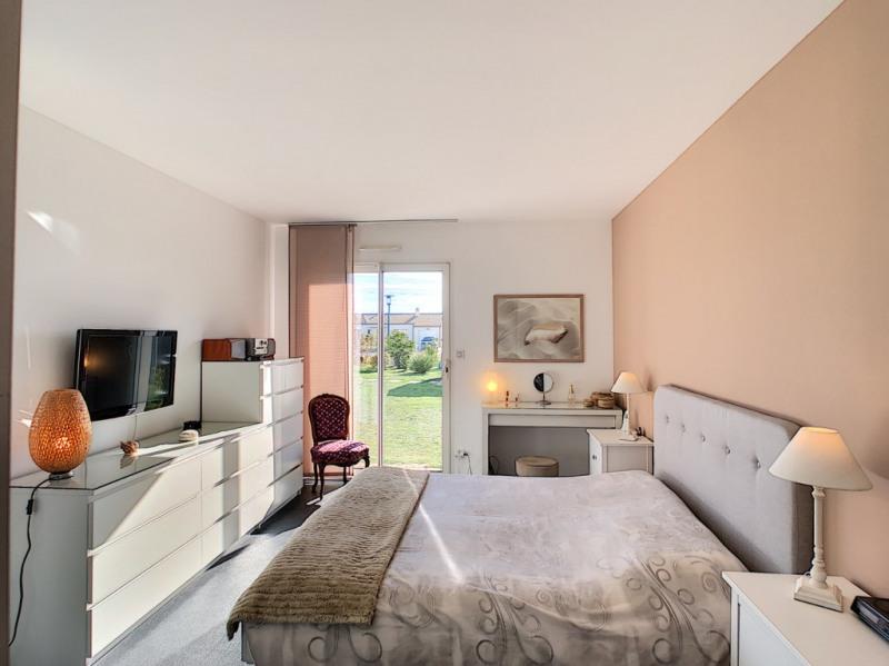 Sale house / villa La garnache 449000€ - Picture 5