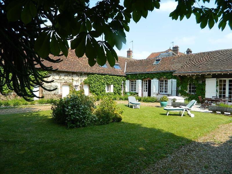 Vente maison / villa Nogent le roi 450000€ - Photo 2