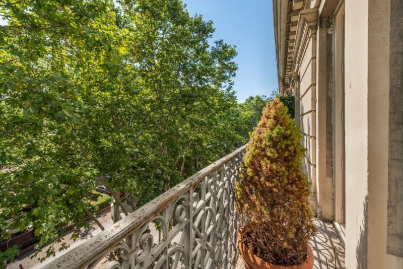 Haussmannien avec balcon rénové par un architecte