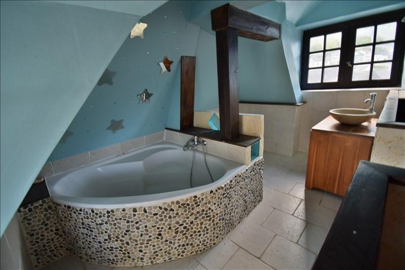 Sale apartment Louvie juzon 92000€ - Picture 4