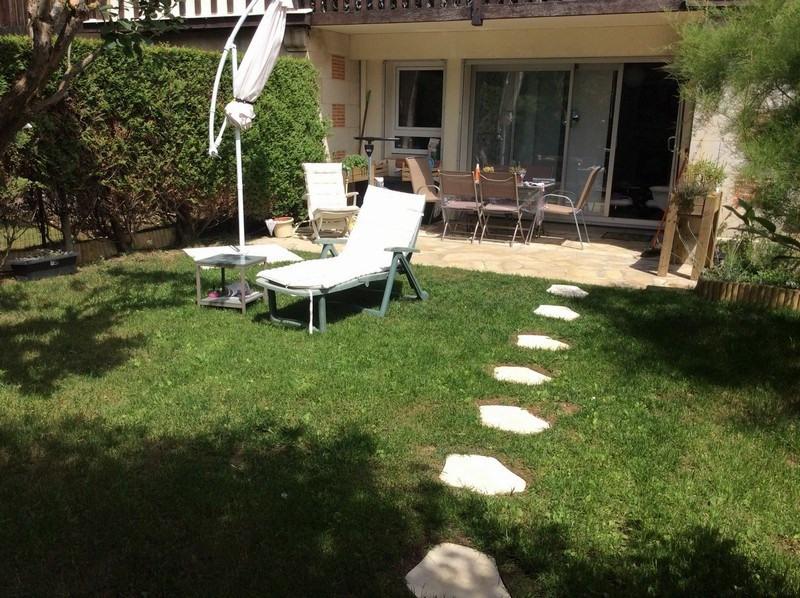 Sale apartment Deauville 271000€ - Picture 1