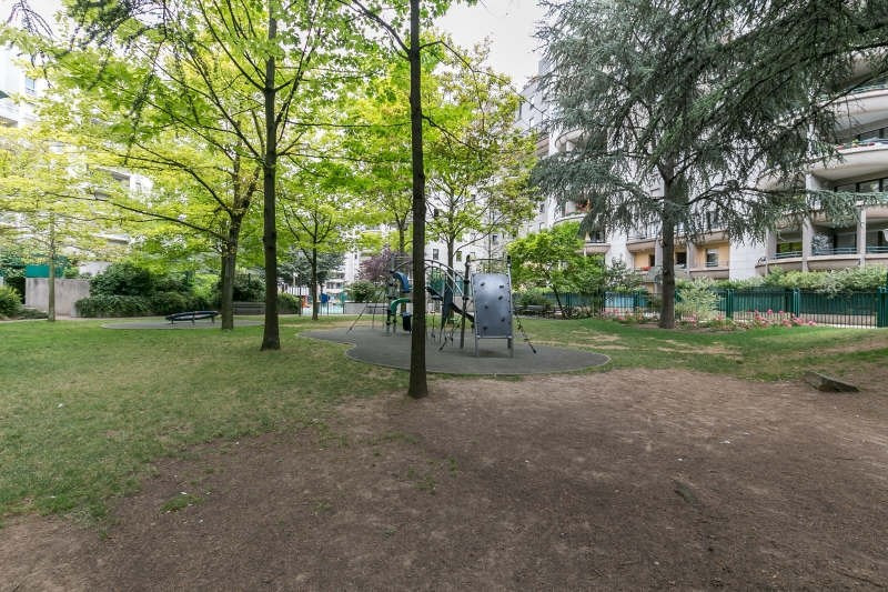 Sale apartment Charenton le pont 498000€ - Picture 2