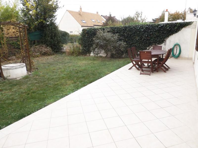 Sale house / villa Lesigny 350000€ - Picture 2