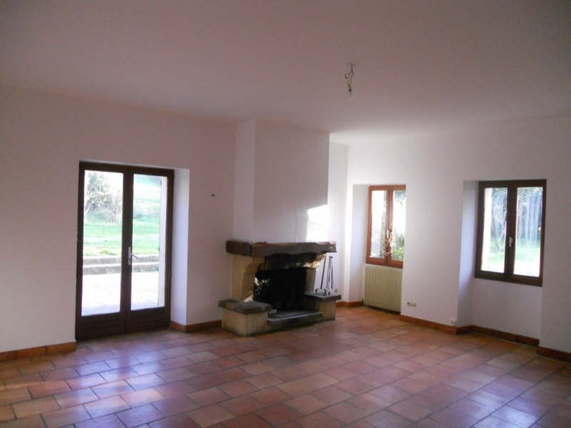 Location maison / villa Ste eulalie 1 064€ CC - Photo 2