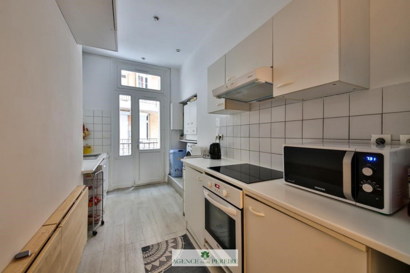 Location appartement Paris 17ème 3 400€ CC - Photo 11