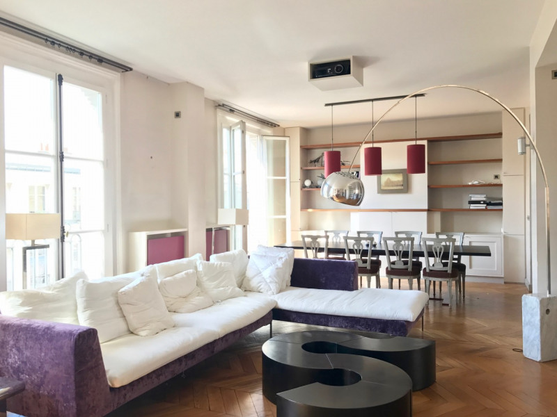 Location appartement Paris 7ème 7 500€ CC - Photo 3