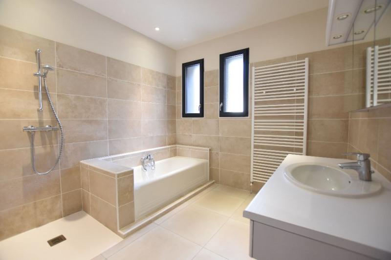 Sale house / villa Villeneuve les avignon 549000€ - Picture 7