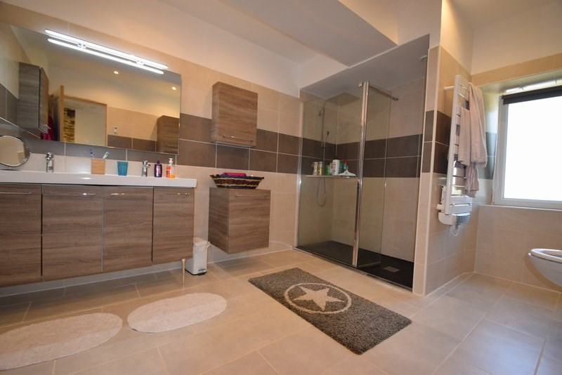 Sale house / villa Livry 218000€ - Picture 4