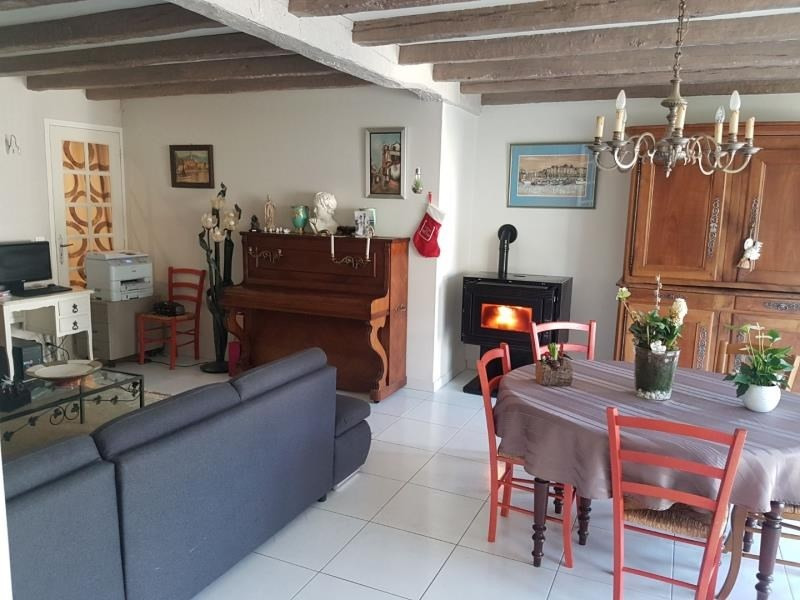 Investment property house / villa Chauvigny 254 400€ - Picture 1