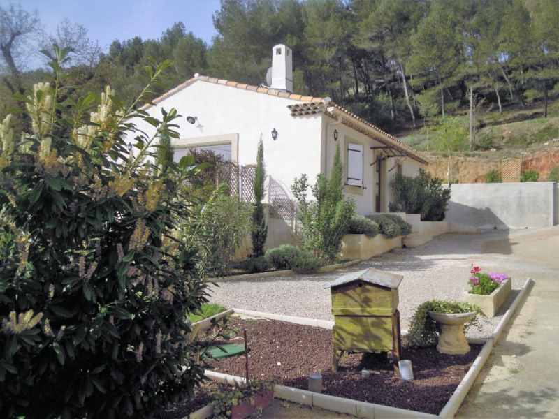 Rental house / villa Cabries 1 250€ CC - Picture 8