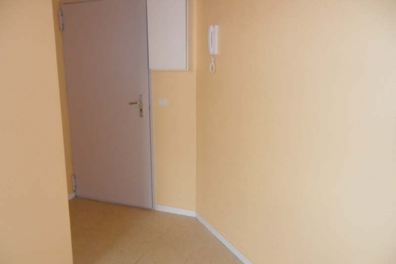 Location appartement Clermont ferrand 350€ CC - Photo 3