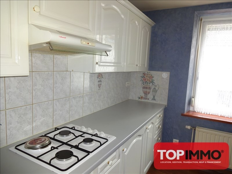 Rental apartment Bruyeres 545€ CC - Picture 4