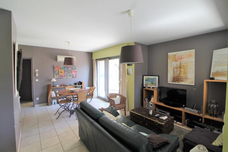 Locação apartamento Voiron 683€ CC - Fotografia 2