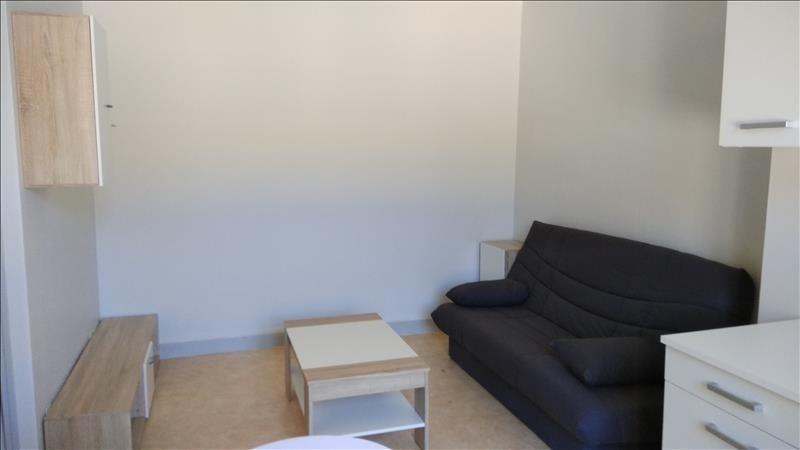 Rental apartment Meslay 250€ CC - Picture 1